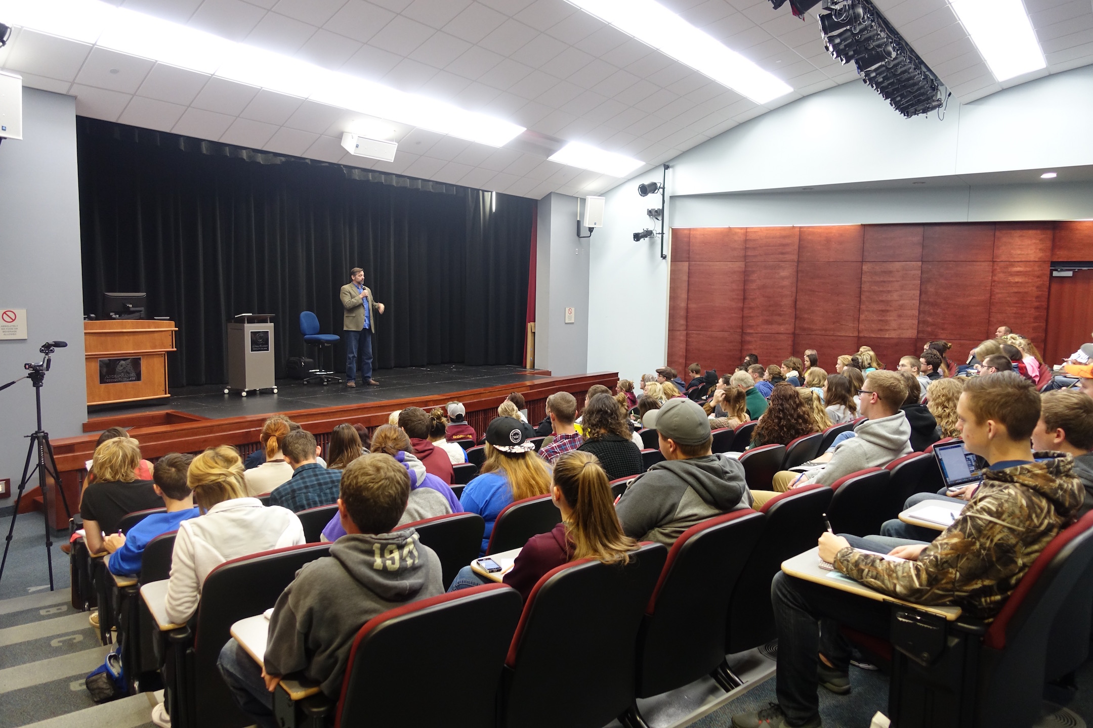 Eskens spoke to a full house, mostly students. Photo Credit: Maiya Fair