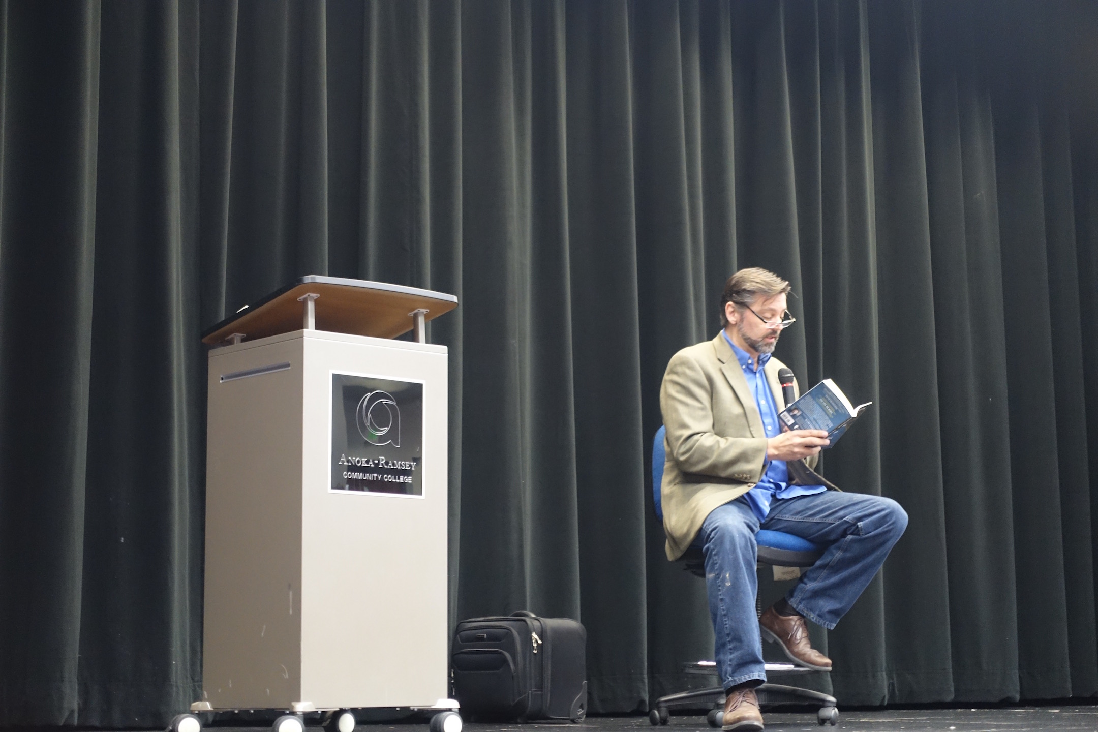 Eskens reads an excerpt from his book. Photo Credit: Maiya Fair